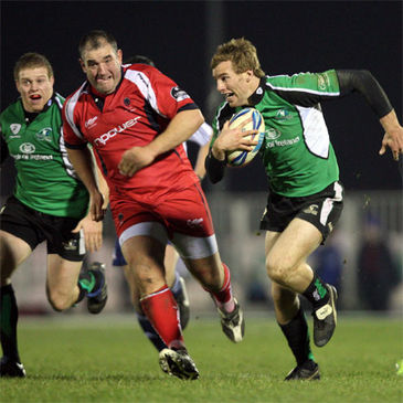 Gavin Duffy spearheads an attack for Connacht