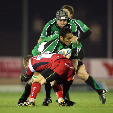 Connacht number 8 George Naoupu in action against Worcester