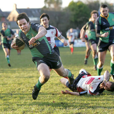 Harry McAleese breaks through for Ballynahinch's ninth and final try