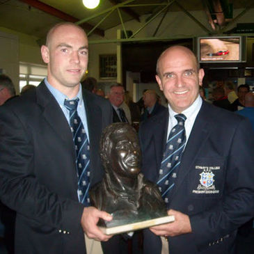 Hugh Hogan and Niall Rynne with the Shay Deering trophy