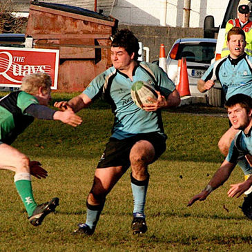 Galwegians hooker Dermot Murphy on the attack against 'Hinch