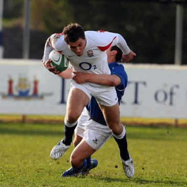 England's Jack Wallace on the attack against Italy