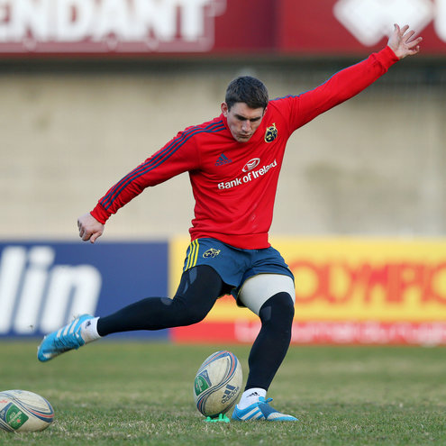 Ian Keatley practises his kicking in Perpignan
