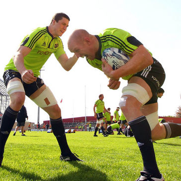 Paul O'Connell training alongside fellow lock Ian Nagle