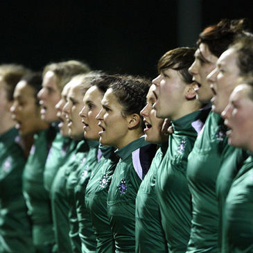 The Ireland Women's side belt out 'Ireland's Call'