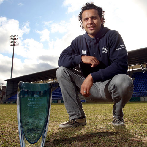Isa Nacewa with his Leinster Player of the Month award