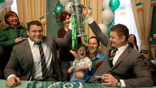 #BehindTheGreen: Ireland Players Visit Temple Street Children's Hospital