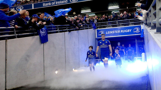 Jamie Heaslip leads Leinster out at the Aviva Stadium