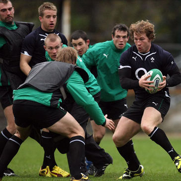 Jerry Flannery takes the ball on at training