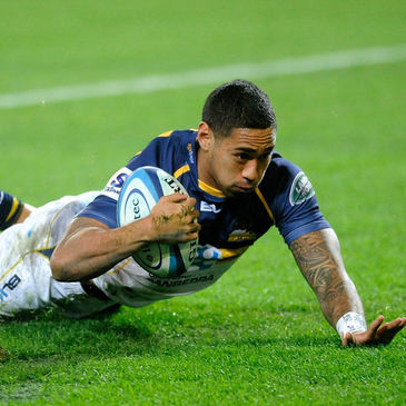 Joe Tomane scoring a try for the Brumbies