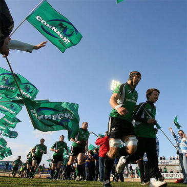 John Muldoon leads Connacht out at the Sportsground