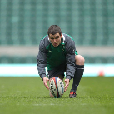 Jonathan Sexton practising his kicking at Twickenham