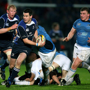 Leinster's Jonathan Sexton on the attack against Glasgow