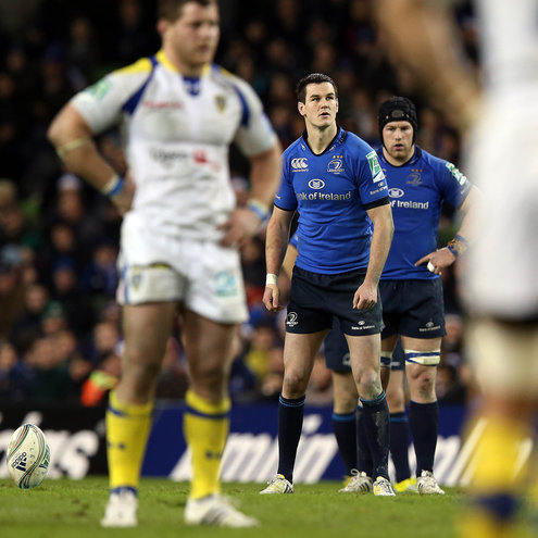 Leinster's Jonathan Sexton prepares to take a kick