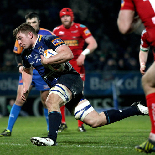 Jordi Murphy in action against the Scarlets