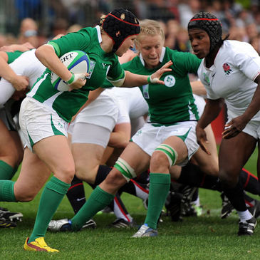 Joy Neville carries forward for Ireland