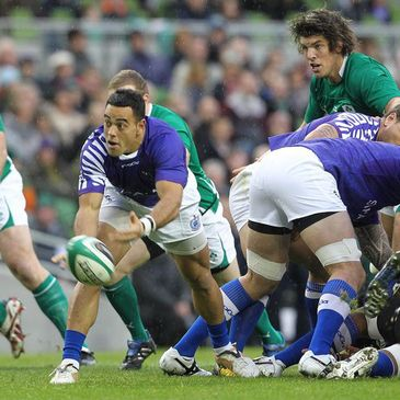 Kahn Fotualii in action for Samoa