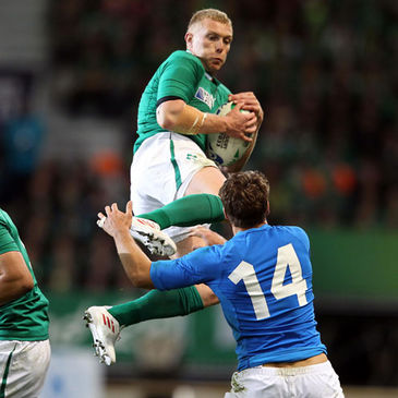 Keith Earls wins a high ball against Italy
