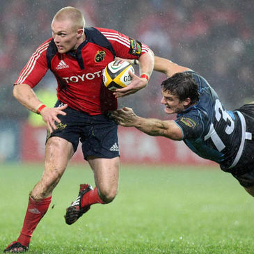 Keith Earls in Magners League action for Munster