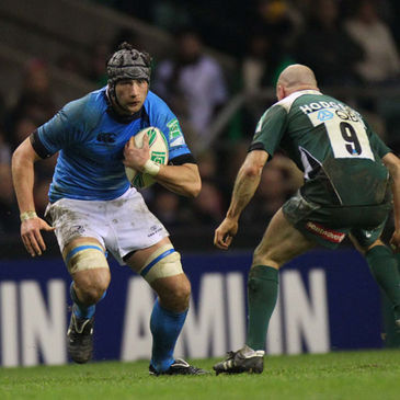 Leinster flanker Kevin McLaughlin takes on London Irish's Paul Hodgson