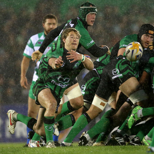 Connacht's Kieran Marmion throws a pass