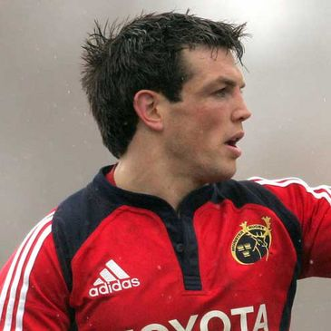 Munster winger Ian Dowling has recovered from a stomach bug
