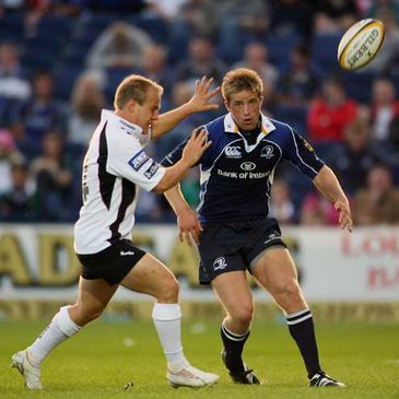 Leinster's Luke Fitzgerald chips the ball forward against Edinburgh