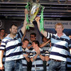 Michael Cheika and Leo Cullen draw big cheers from the homecoming crowd as they hold the Heineken Cup trophy aloft