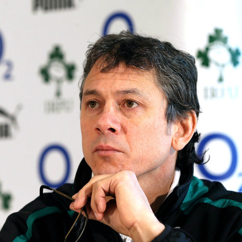 Ireland assistant coach Les Kiss