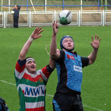 Lineout action from the Bective Rangers v Belfast Harlequins clash