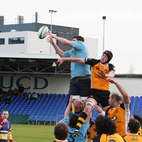 Lineout action from the Buccaneers v UCD tie