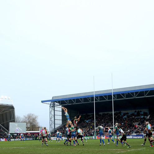 Lineout action at the Twickenham Stoop