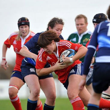 Munster's Louise Austin on the attack against Leinster