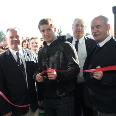 Luke Fitzgerald cuts the ribbon at Edenderry
