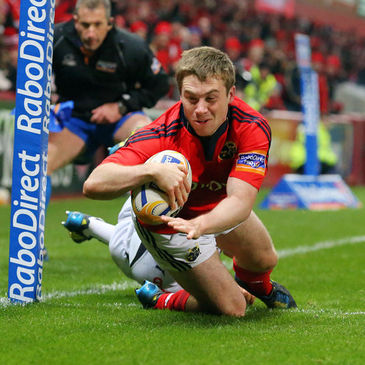 Luke O'Dea touches down for Munster against Zebre