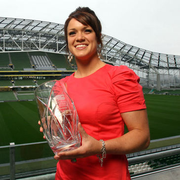 Lynne Cantwell received the Women's Player of the Year award