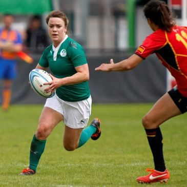 Lynne Cantwell in action for the Ireland Women's Sevens team