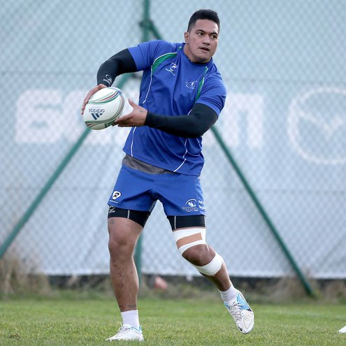 Connacht centre Mata Fifita