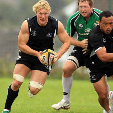 Mike McComish training with the Connacht squad