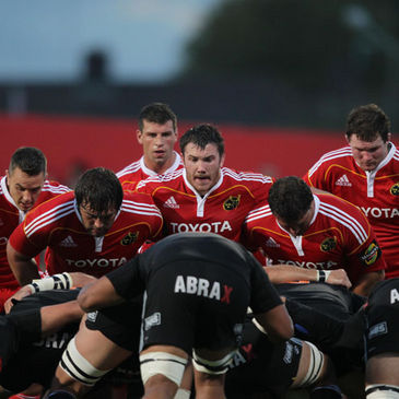 The Munster and Aironi packs prepare for a scrum
