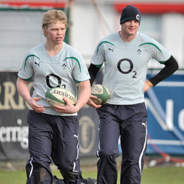 Nevin Spence and Denis Hurley training with the Wolfhounds