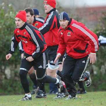 Niall Ronan and David Wallace training with the Munster squad