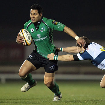 Niva Ta'auso in possession for Connacht