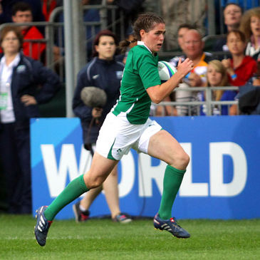 Nora Stapleton will start at out-half for Ireland