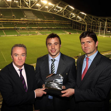 Brendan Fanning and Oliver Loomes with award winner Tommy Bowe