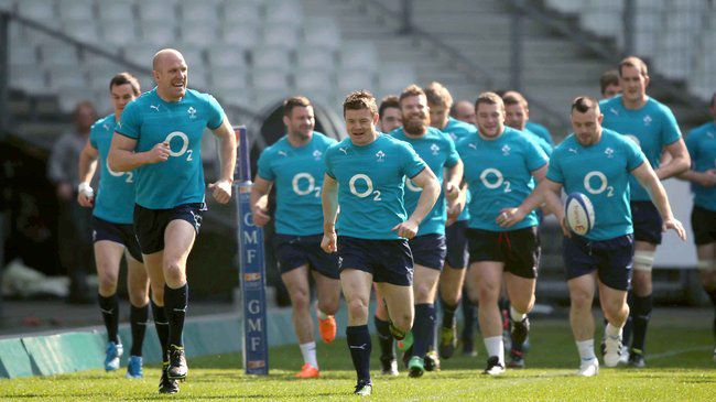 Paul O'Connell and Brian O'Driscoll lead the way in Paris