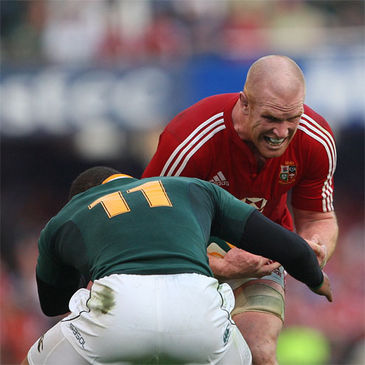 Lions captain Paul O'Connell takes on South Africa's Bryan Habana