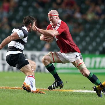 Paul O'Connell in action against the Barbarians