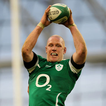 Paul O'Connell wins a lineout for Ireland