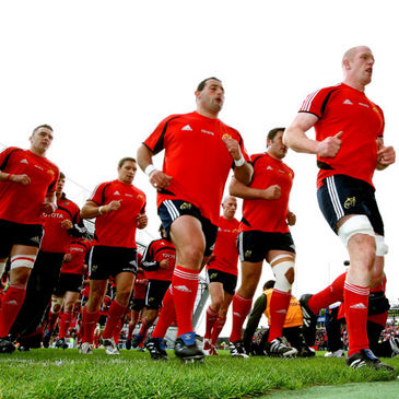 Paul O'Connell leads Munster off after their pre-match warm-up